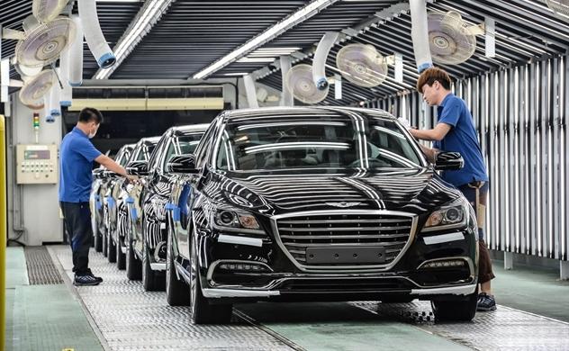 Bị Trung Quốc vượt mặt, ngành ô tô Hàn Quốc ngày một ảm đạm
