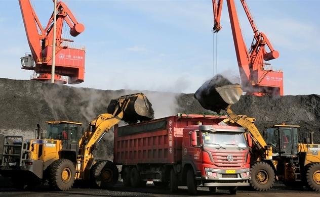 Cảng Trung Quốc cấm nhập khẩu than từ Úc vô thời hạn