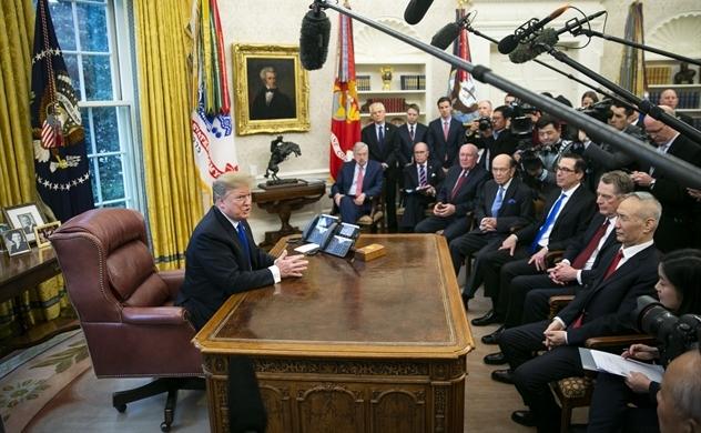 Ông Trump chính thức hoãn thời hạn tăng thuế với Trung Quốc