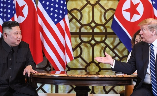 Ông Kim Jong Un đã cố giữ ông Trump tại Thượng đỉnh Mỹ - Triều lần 2?