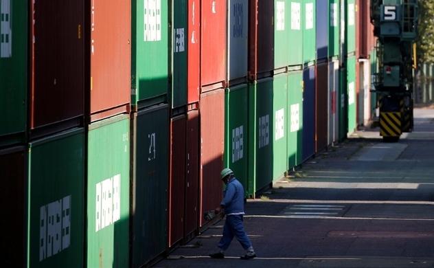 Xuất khẩu Trung Quốc giảm tốc là dấu hiệu kinh tế toàn cầu suy yếu