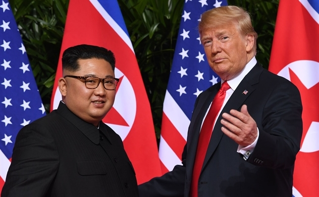 Ông Trump dỡ bỏ lệnh trừng phạt liên quan Triều Tiên mới công bố