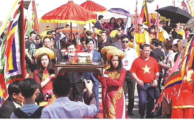 Người Việt bốn phương (số 626)