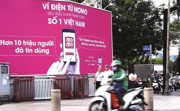 Lắc xì MoMo: Rung lắc giới marketing Việt