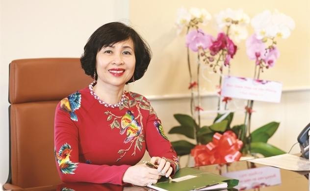 Giáo sư - Tiến sĩ Mai Hồng Quỳ:  Sen nở trong trường hạnh phúc