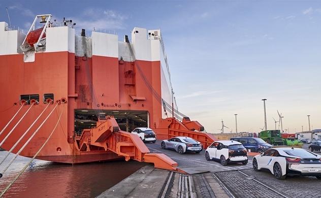 Mỹ sẽ hoãn áp thuế ôtô nhập khẩu và thị trường Mỹ phản ứng tích cực