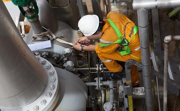 Chứng khoán ngày 20/5: Cổ phiếu dầu khí tiếp tục thăng hoa