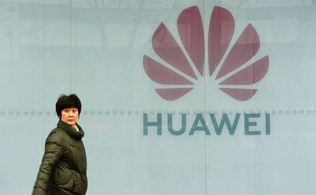 Nhiều nhà mạng thế giới đồng loạt ngừng nhận đặt hàng điện thoại mới của Huawei