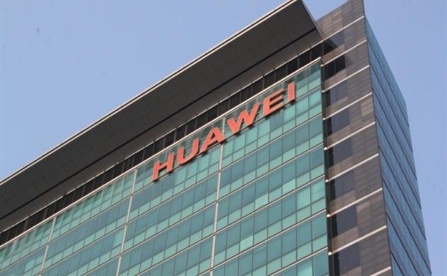 Hãng chuyển phát nhanh Mỹ thay đổi đích đến của các bưu kiện gửi cho Huawei?