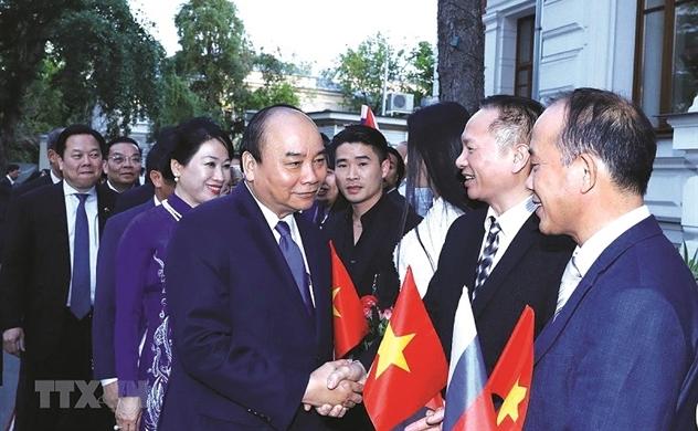 Người Việt bốn phương (634)