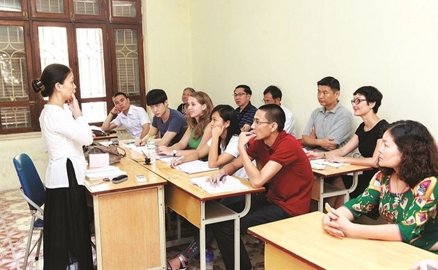 Đưa tiếng Việt ra thế giới vẫn chờ quyết sách