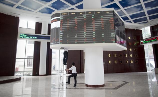 Chứng khoán Việt muốn thu hút thêm nhà đầu tư ngoại bằng các sản phẩm mới