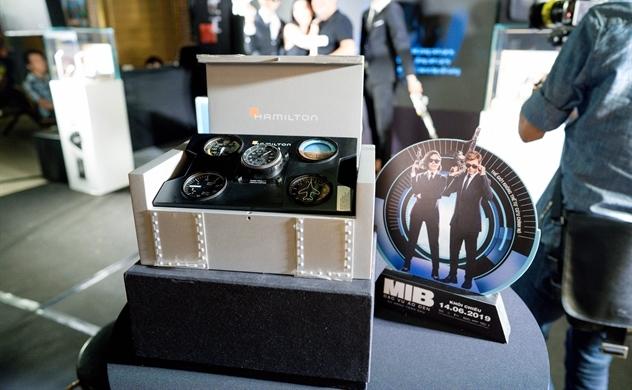 Hamilton Ventura là thương hiệu đồng hồ chính thức của Men in Black™: International