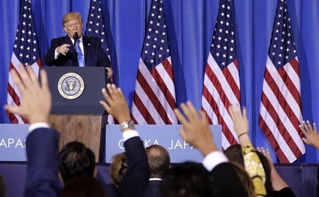 Trump nói sẽ cho phép công ty Mỹ tiếp tục bán hàng cho Huawei