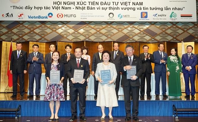 BRG, VNPT, Sumitomo và SeABank kí thỏa thuận hợp tác