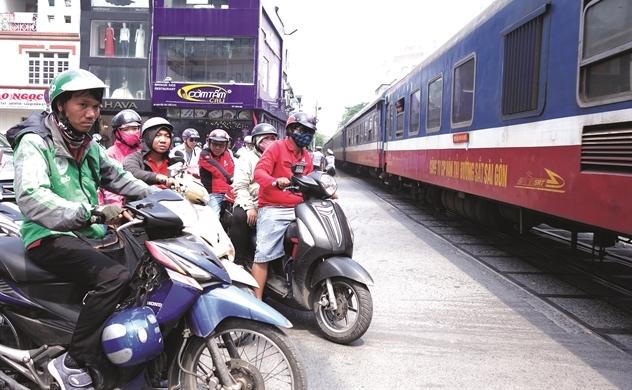 Đường sắt cao tốc: Bao nhiêu tỉ USD là đủ?
