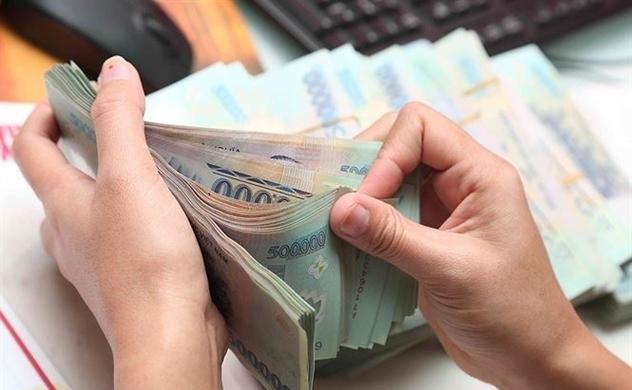 Lợi nhuận ngân hàng 6 tháng đầu năm: 11.300 tỷ đồng vs 21 tỷ đồng
