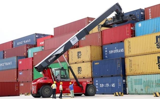 Bất chấp thuế quan, xuất khẩu của Trung Quốc trong tháng 7 vẫn tăng