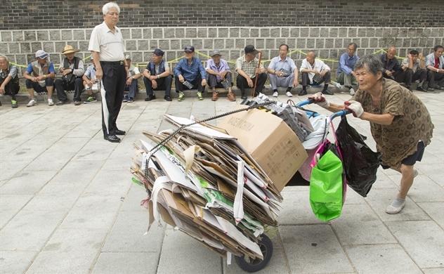Già hóa dân số làm tăng trưởng của Hàn Quốc tiếp tục suy giảm