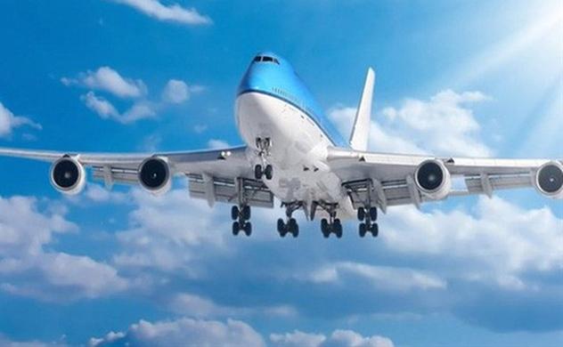 Hàng không tăng trưởng chậm lại, nhiều hãng vẫn muốn bay