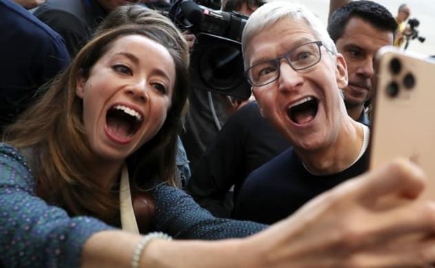 Vốn hóa Apple vượt 1 nghìn tỷ USD sau khi ra mắt các mẫu iPhone mới