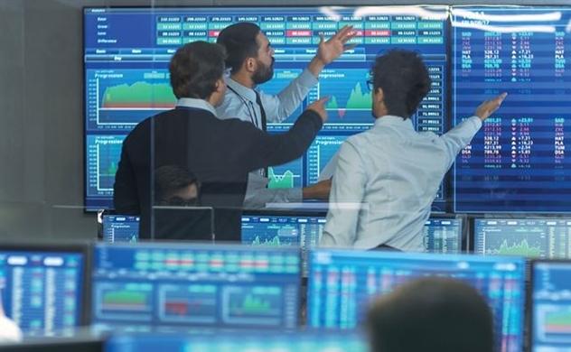 Chứng khoán sáng 17/09: VN-Index giằng co, cổ phiếu Ngân hàng chìm trong sắc đỏ