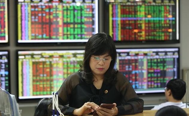Chứng khoán sáng 19/09: FED giảm lãi suất ít hơn kỳ vọng, VN-Index đỏ lửa
