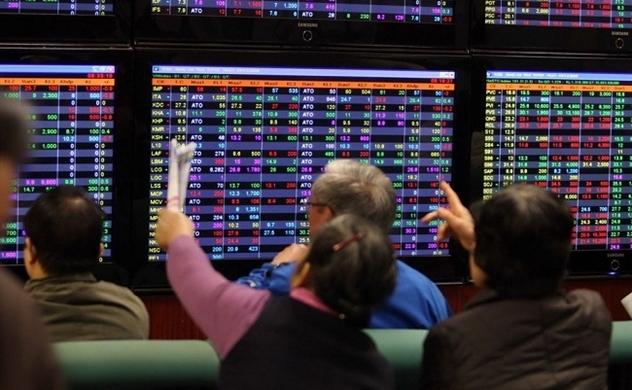 Thị trường chứng khoán chiều 02/10: VN-Index giảm mạnh nhất trong 2 tuần qua