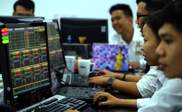 Thị trường chứng khoán sáng 07/10: VCB tiếp tục làm 'cánh én lẻ loi'