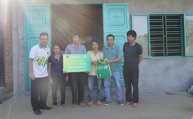 PVFCCo và Nhà phân phối trao tặng Nhà Đại Đoàn Kết tại tỉnh Đăk Lăk