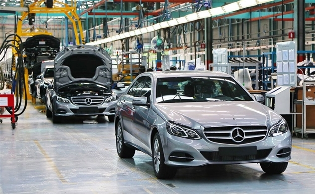 South Korean firm seeks majority stake in Vietnam's Mercedes-Benz dealer: VNExpress