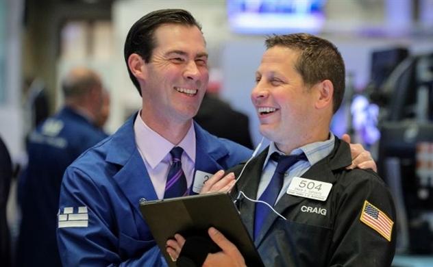 Thị trường chứng khoán Mỹ: Microsoft kéo S&P 500 tiến sát đỉnh tháng 7