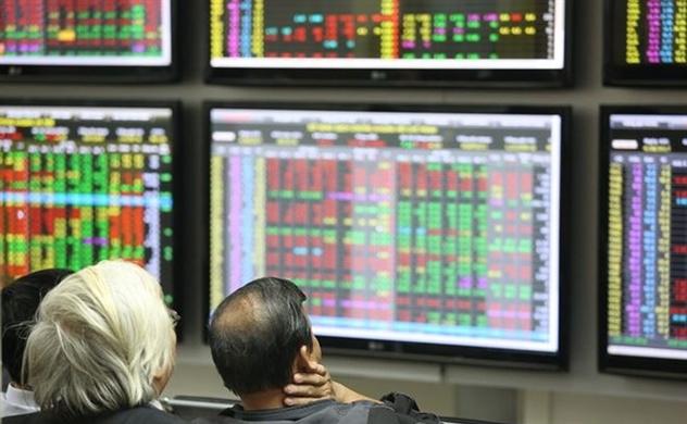 Thị trường chứng khoán chiều 28/10: FLC tăng trần trở lại, cổ phiếu hoa hậu thoái lui