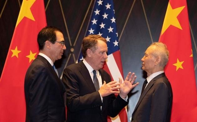 Mỹ xem xét miễn thuế với 34 tỉ USD hàng hóa Trung Quốc
