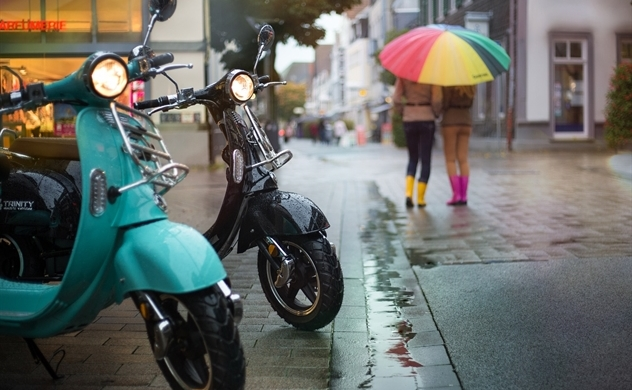 Grab and HCMC to launch public electric motorbike service