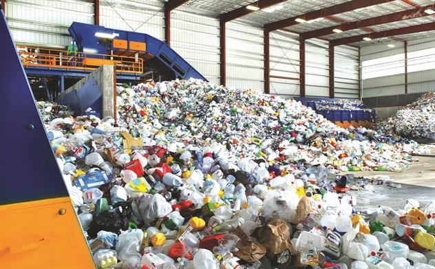 Nhựa tái chế: Kế hoạch voi, thực tế kiến
