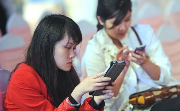 Sales of feature phones remain steady in Vietnam : VnEconomy