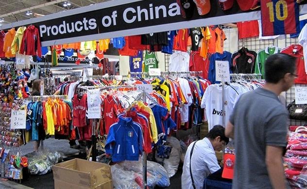Sắt thép và hàng hóa Trung Quốc ngập tràn thị trường Việt Nam