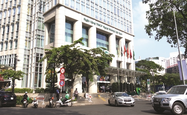 Hoa Vương Vietcombank lợi cả đôi đường