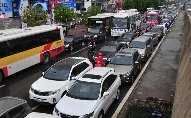 Hàng triệu ô tô phải đáp ứng tiêu chuẩn khí thải mới