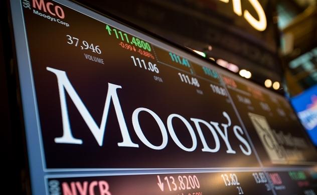 Moody's hạ triển vọng tín nhiệm với 18 ngân hàng Việt Nam