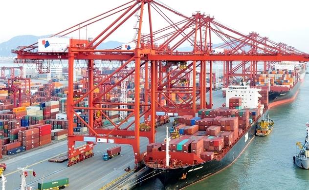 World Bank: Môi trường bên ngoài không thuận lợi, nền kinh tế Việt Nam vẫn vững vàng