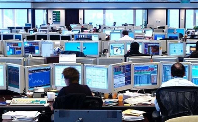 Vòng xoáy cạnh tranh giữa các công ty chứng khoán ngày một tăng nhiệt