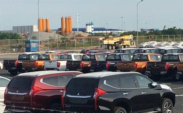 Ôtô nhập khẩu bất ngờ giảm mạnh
