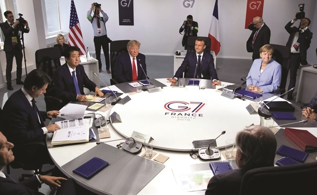 2020: Một thế giới phân ly