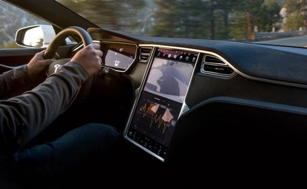 Tesla sắp phát triển được loại pin chạy 1,6 triệu km rồi mới hư?