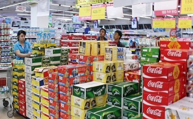"""Quy định """"Uống rượu bia thì không lái xe"""" tác động như thế nào đến Sabeco, Heineken và cả ngành bia?"""