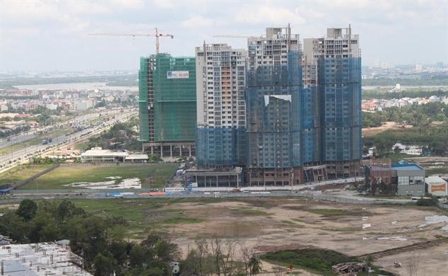 Thị trường bất động sản ảm đạm: Đất nền, căn hộ cùng suy giảm