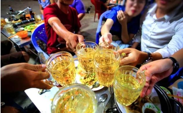 """Quy định """"đã uống rượu bia, không lái xe"""" giúp giảm thiệt hại hàng trăm nghìn tỷ đồng mỗi năm"""