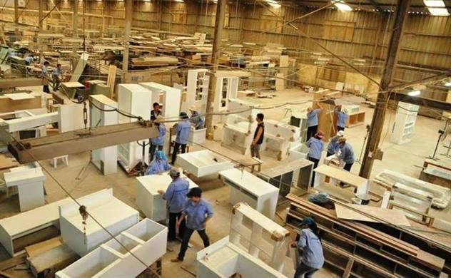 Bloomberg: Chi phí nhân công tại Việt Nam gia tăng khiến các doanh nghiệp nội thất Mỹ muốn chuyển hướng sang Campuchia